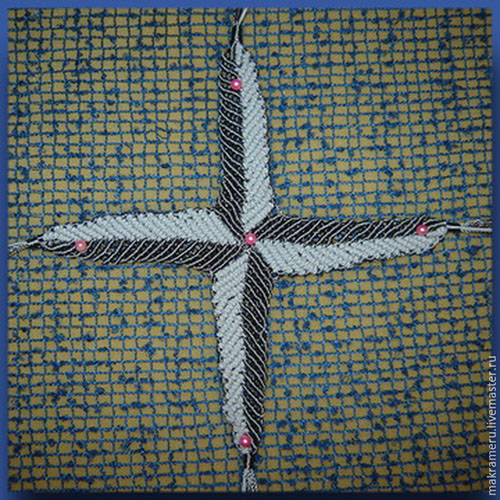 Плетём эмблему «Роза ветров»