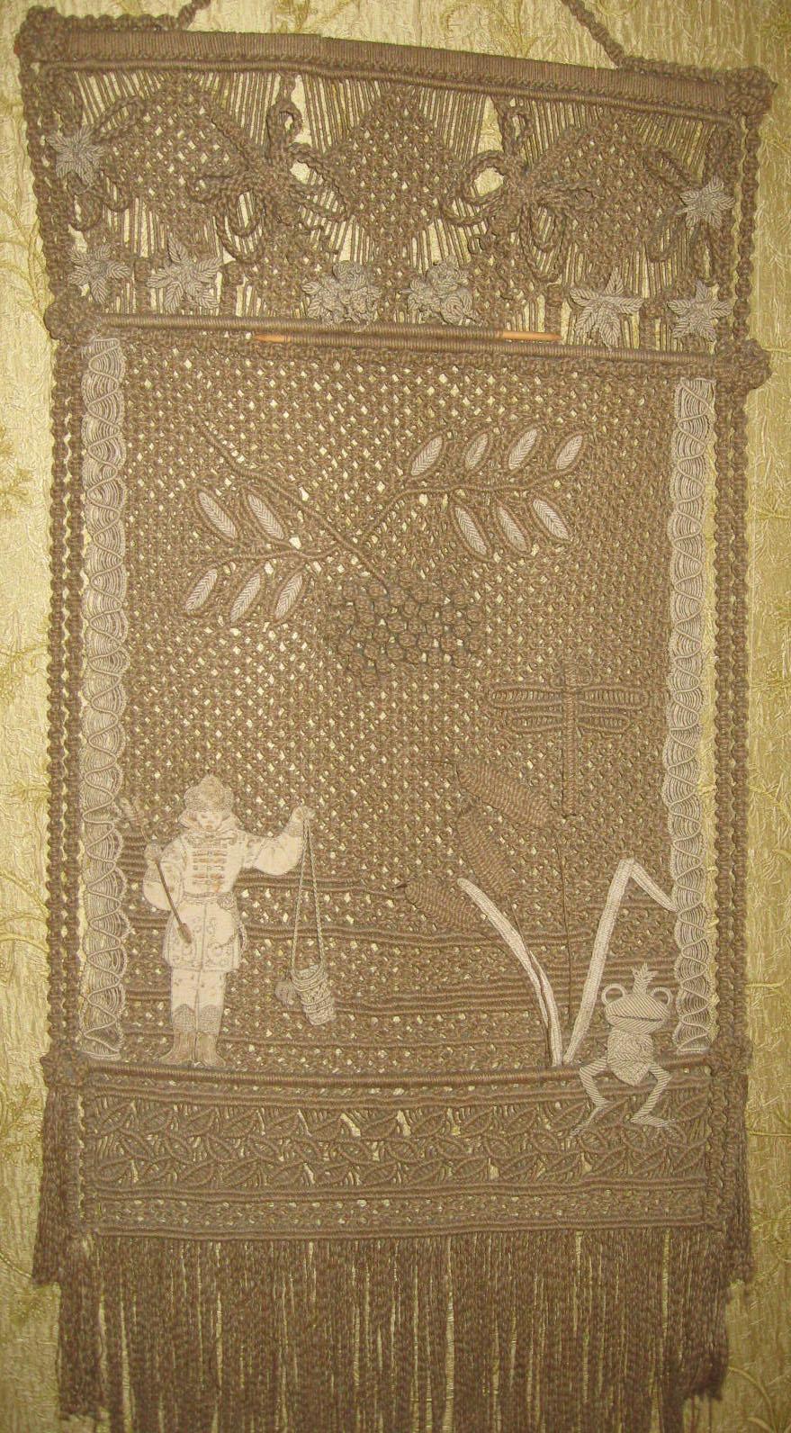 макрамеха, Гавранек, сказочное панно